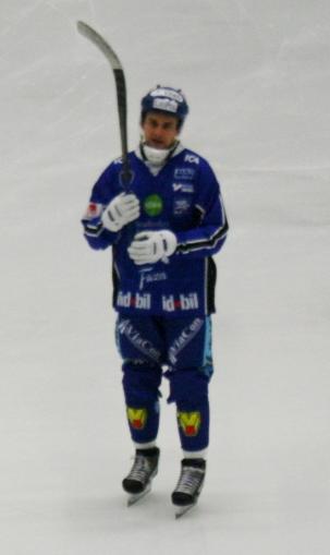 10 David Karlsson