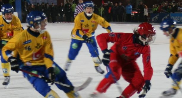 Maxim Ishkeldin - eftertraktad rysk landslagsspelare till Villa Lidköping redan i vinter? Foto: Bandyworld (C)