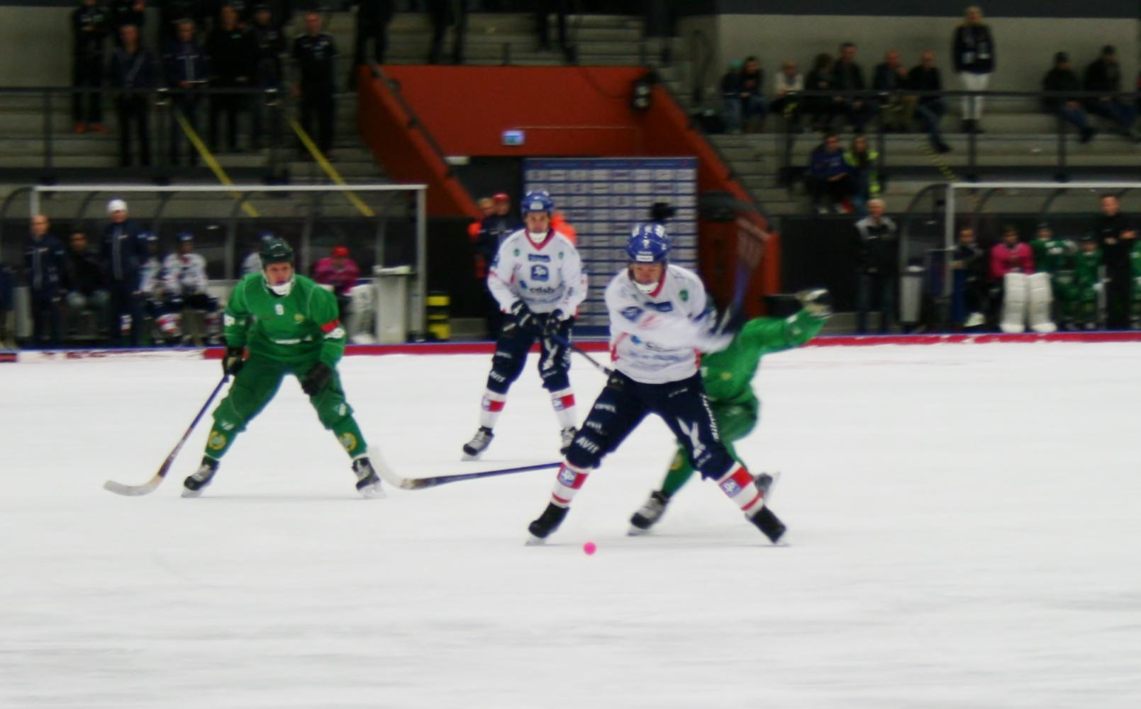 Svenska Cupen 2015 Edsbyn till final efter avgörande på straffläggning.